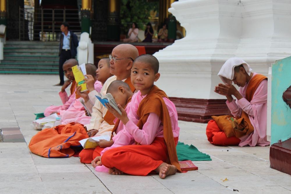 Moines Shwedagon