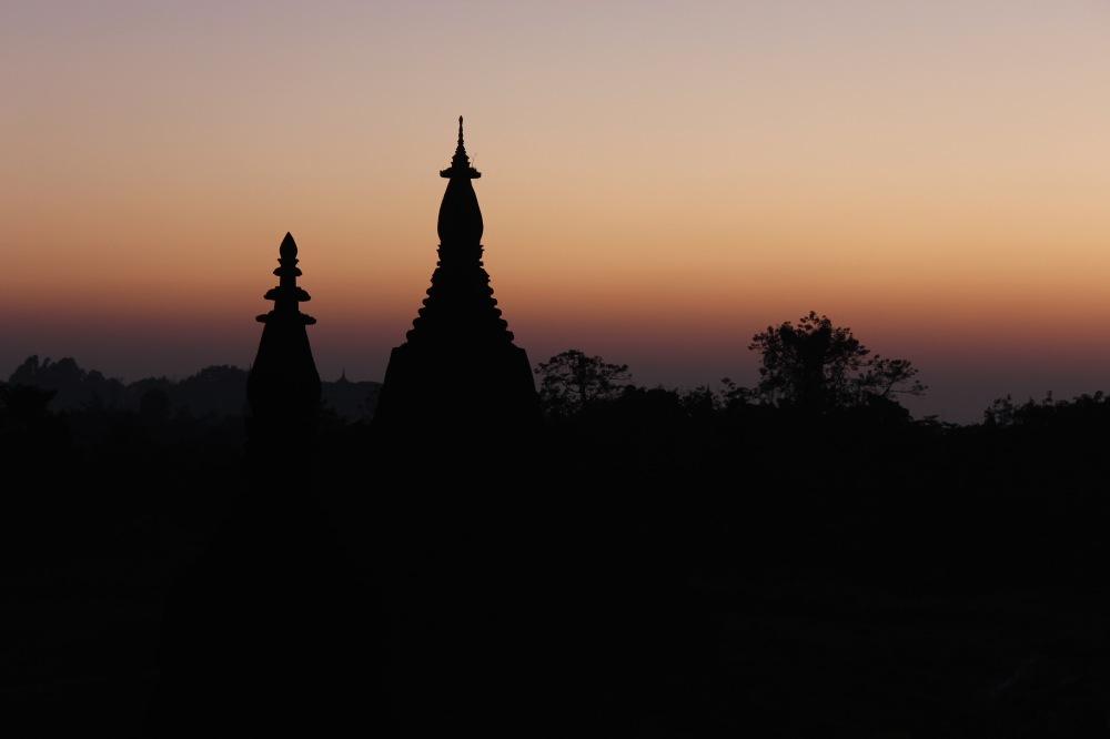 coucher stupa