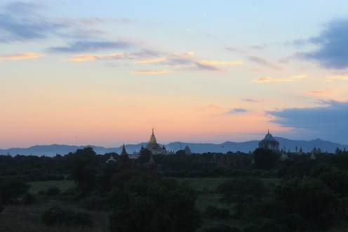 Deux pagodes coucher