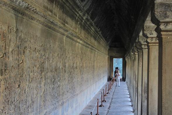 Angkor bas-reliefs